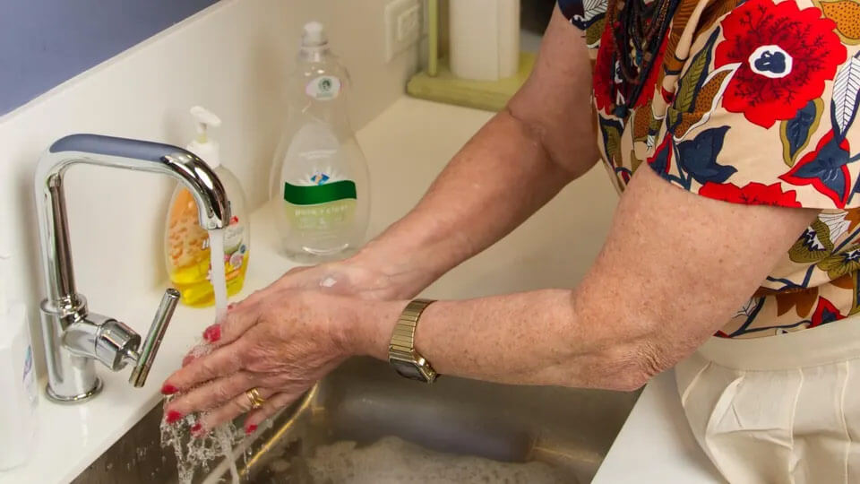 Handwashing is a essential way to hjelp prevent the spread of germs